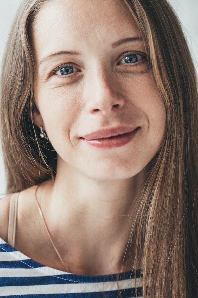 Beautiful young woman portrait smiling